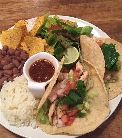 「ラホヤ(LA JOLLA)」天気のいい日はメキシカンランチ!