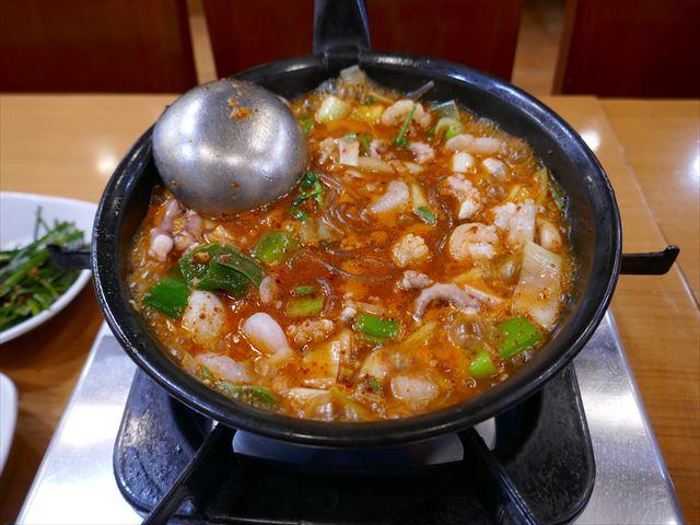 【釜山】「ケミチブ」のタコ鍋「ナッチポックン」は美味しい~♪