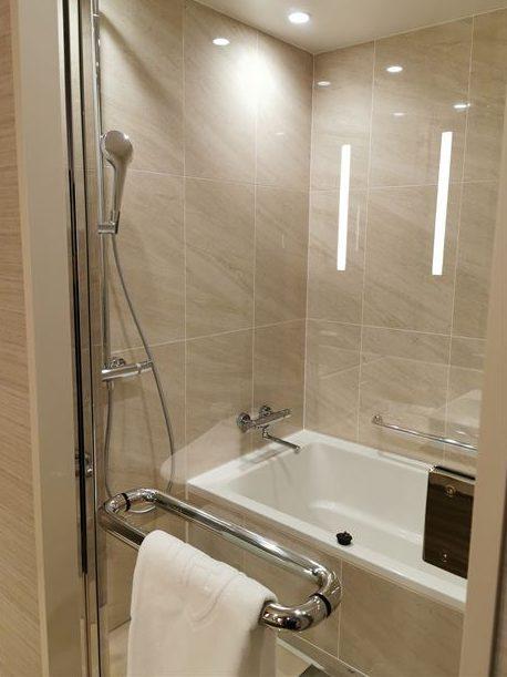 ロイヤルパークホテルアイコニック大阪御堂筋の風呂