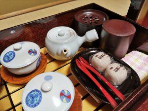 日の春旅館のお茶菓子