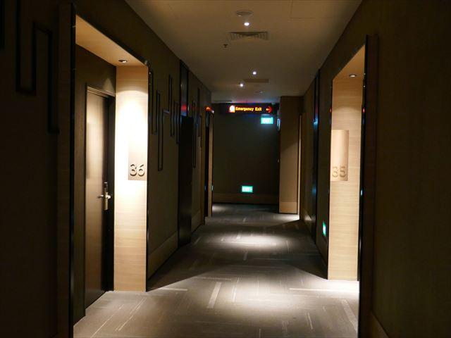 シンガポール空港内の「アエロテル トランジットホテル」宿泊レポート