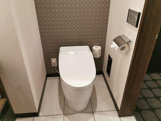 ロイヤルパークキャンバス大阪北浜のトイレ