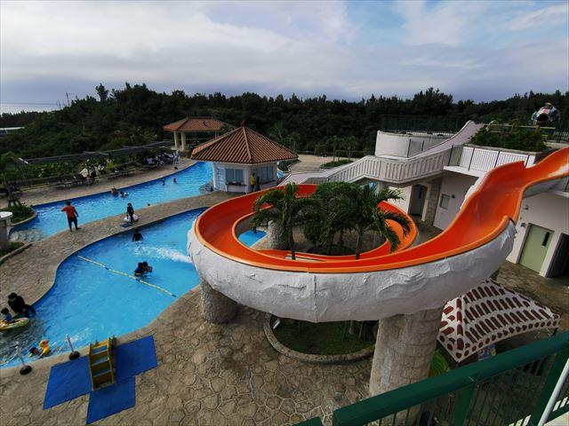 オキナワマリオットリゾート&スパのプール