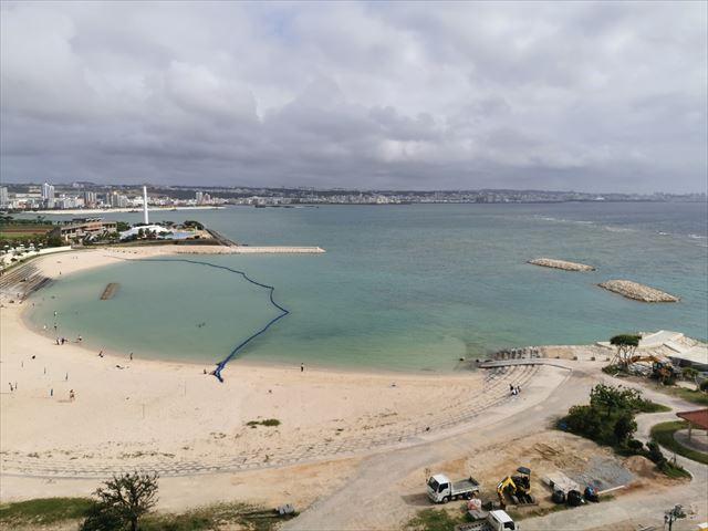 ベッセルホテルカンパーナ沖縄の部屋からの眺め