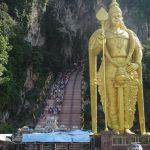 ヒンドゥ教の聖地「バトゥ洞窟」に行ってきました!