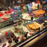 可愛らしい店内でいただく美味しいケーキ「ポワンプールポワン」