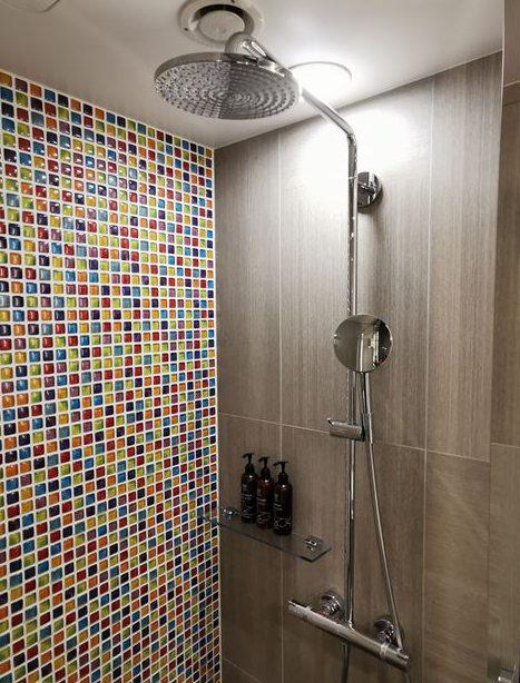 ロイヤルパークキャンバス大阪北浜のシャワールーム