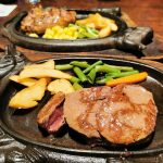 沖縄の人気ステーキハウス88でステーキ食べ比べ!