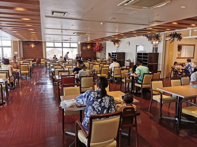 ベッセルホテルカンパーナ沖縄の朝食会場